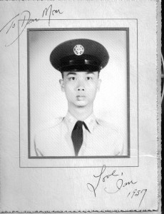 Ian in the Air Force 1957 with note to his mom. Click for full size.