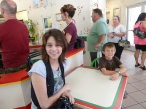 Joanna and Jeffrey Waiting for Lunch at Del Taco. Click for full size.
