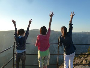 Lizzie, Sarah, and Victoria at Taft Point
