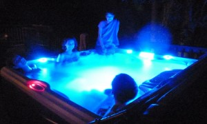 Sarah, Joanna, Nicole, and Jeffrey in the Hot Tub. Click photo for full size.