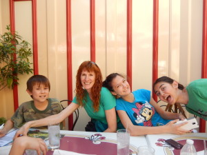 Josiah, Jeri, Lizzie, and Jessica at the Carnation Cafe. Click photo for full size.