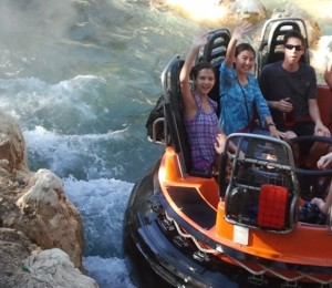 Lizzie, Jessica, and Justin on Grizzly River Run. Click photo for full size.