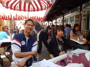 Tim and Sebastian at the Carnation Cafe. Click photo for full size.