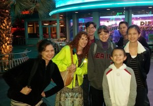 Victoria, Jeri, Jeffrey, Nicole, Josiah, Justin, and Lizzie outside Flo's Cafe. Click photo for full size.