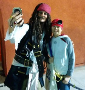 Captain Jack Sparrow and Josiah. Click photo for full size.